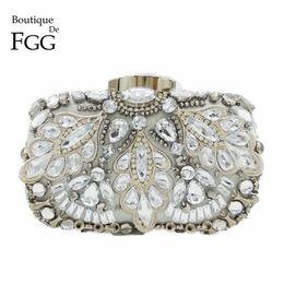 Wholesale- Silver Crystal Beaded Sequins Vintage Women Handbag Metal Clutches  Evening Bags Bridal Purse Wedding Party Prom Clutch Hand Bag ed6610af3d48