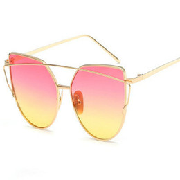 flat mirrors UK - Hot Sale Mirror Flat Lense Women Cat Eye Sunglasses Classic Brand Designer Twin-Beams Rose Gold Frame Sun Glasses for Women M195