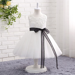 China Cheap Sweety white ball gown Flower Girl Dresses for Weddings with black ribbon Tulle tea Length jewel neck Birthday Girls Pageant Dress supplier cheap graduation flowers suppliers