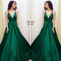cf898dd5ee28 Plus Size Verde smeraldo Prom Dresses 2019 Spaghetti cinghie Una linea  formale abito da sera lungo Partito usura a buon mercato