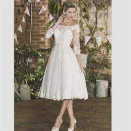 short lengths NZ - Beach Short Wedding Dresses 2018 New 3 4 Sleeves Robe De Mariage Simple Tea Length Bridal Dresses Elegant White Lace Wedding Gowns