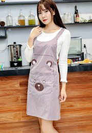 Wholesale Kitchen apron shoulder strap H style fashion apron sleeveless home overalls waterproof cute PVC apron Aprons