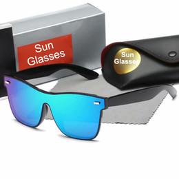 6e66fbb410 Europa y los Estados Unidos gafas de sol cuadradas de moda clásica para  hombres y mujeres. Mi gafas de sol con uñas.