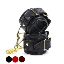 $enCountryForm.capitalKeyWord UK - Hand Cuffs Bdsm Leather Wrist Ankle Cuffs Bondage Slave Restraints Belt In Adult Games For Couples Fetish Sex Toys For Women Men - HK19