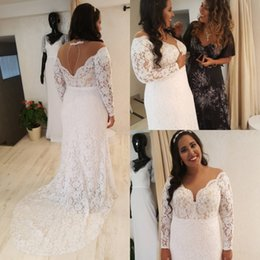 Vintage Dress For Muslim Australia - Boho Vintage Full Lace Wedding Dresses Plus Size V neck Open Back Bohemian Cheap Beach Wedding Gowns With Sleeve For Guests glamorous Bridal