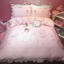 Discount elegant queen size bedding sets - Luxury Egypt Cotton Elegant Princess Lace Bedding Set Embroidery Ruffles Duvet cover Bed Sheet Pillowcases Twin Queen si