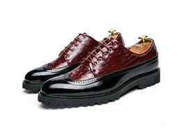 $enCountryForm.capitalKeyWord Australia - Black White Tassel Men bullock Dress Shoes Patent Leather Luxury Fashion Brogue Wedding Shoes Oxford shoes For Men