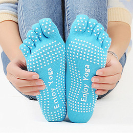 Massage Grip Canada - Women Sock Deporte Girl Five Fingers Socks Cotton Gimnasio Non Slip Massage Toe Chaussettes Full Grip Female Toe Sock With Heels