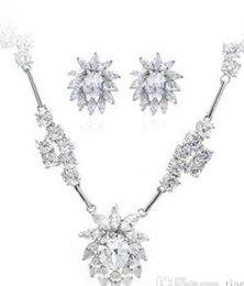 $enCountryForm.capitalKeyWord Canada - wonderful diamond crystal flower wedding set necklace earings fdgd