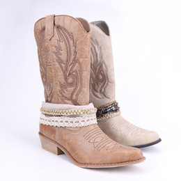 56c4b13c4e HZXINLIVE Western Cowboy Boots para mujer puntiagudo Crystal Cowgirl Boots  Square Heels Knee High Retro mujeres zapatos de invierno