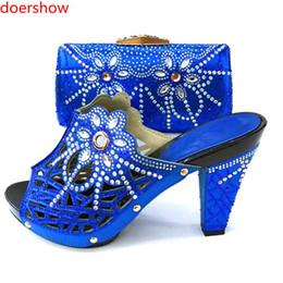92c6cabb3330b Conjunto de zapatos y bolsos a juego italianos Conjunto de zapatos y bolsos  de boda africanos Conjunto de verano y zapatos de Italia Mujeres KM1-1