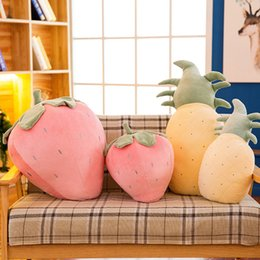 Wholesale Plush Cartoon Strawberry Pineapple Watermelon Cushion Stuffed Toy Real Life Soft Fruit Pillow Kids Toys Christmas Gift QB185