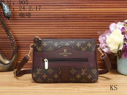 23bdb8cae2a The most popular Women s Bags Ladies handbags designer bags women tote bag  luxury brands bags Single shoulder bag backpack wallet tags E014