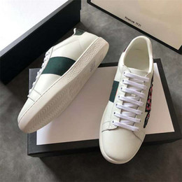 6ded0ce7a Wholesale P1GuCcI Platform Embroidery Bee Women Small White Shoes Fall  Fashion Flat Casual Shoes Sneakers For Men Women Walking Shoes