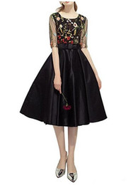 Chinese  Floral Pattern Embroidery Cocktail Dresses Black Half Sleeve Bow Belt Girls Party Gowns Short Prom Dress 2018 Fashion Design Custom Size manufacturers