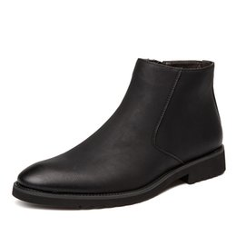 2e40bc02b1d B013 buy cheap shoes Best Selling 2018 new fashion mens casual Martin boots  lower leather shoes brand designer factory wholesales hot sales