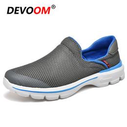 275fae808 Летняя обувь мужчины лианы скольжения на Мужская обувь повседневная сетка  воздуха Slipon мокасины кроссовки мужчины 2018 Новый пляж обувь Мужская  обувь # 45