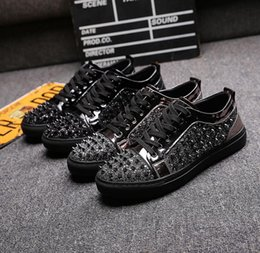 New Arrival Men Casual Comfort Shoes Fashion Forward Lace Up Rivets Bling  Glitter Trending Shoes Man Size 38-44 DH2N47 9759da71c6f0