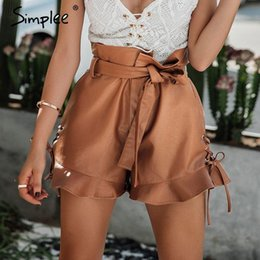 pantalones cortos paperbag al por mayor-Simplee Side lace up shorts de cuero negro Mujeres cinched belt ojete de cintura alta shorts camello de otoño short bagbag bottom