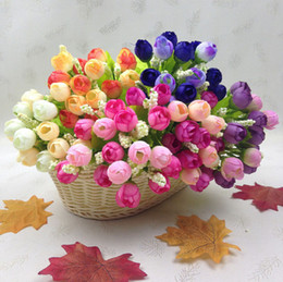 Decorative rose buDs online shopping - Wedding decoration placed flowers head rose bud artificial flowers plastic flower buds factory Decorative Flowers