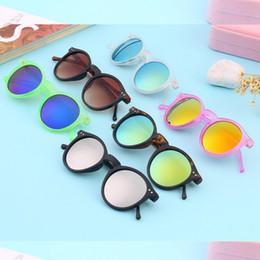 14d312153c9e5 Vintage Retro Hombres Mujeres Espejo Gafas Marco de plástico Colorido Lente  Redonda Verano Ventas Calientes Gafas de Sol Gafas Gafas 2018 Nuevo