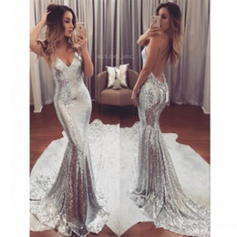 $enCountryForm.capitalKeyWord NZ - Sexy Silver Sequin Evening Dresses Long V Neck Cheap Party Gowns Backless Sweep Train Formal Prom Dress for Women