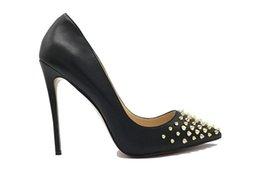 Girls Spiked Shoes Canada - Free Shipping 2018 fashion New sexy girls Matt Leather black high-heeled shoes lady Gold Studded Rivets spikes high heels pumps women