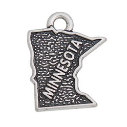 Alloy Findings Australia - Wholesale Alloy American State Of Minnesota Map Charms Jewelry Finding Vintage Charms 14*17mm AAC1188