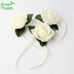 rose thumbs NZ - 30pcs Artificial Wrist Flower Wedding Supplies Green Thumb Bride Bridesmaid Wrist Rose Flower