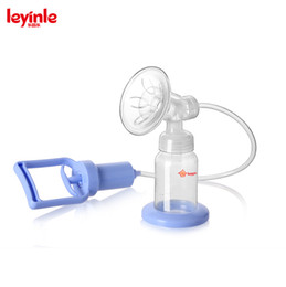 Wholesale Food grade silicone breastpump BPA free strong suction manual feeding breast pumps for nursing moms easy to use