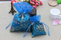 pull bag NZ - Wedding Embroidery Candy Bag Silk Ribbon Patchwork with Mount Pull DIY Logo and Pattern Multi-color Optional