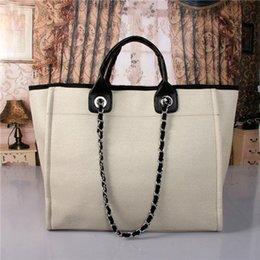 Venta al por mayor de 2020 de la moda de marca famosa de la manera bolsos de las mujeres bolso de lona cadenas de grandes bolsas de capacidad