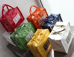Shipping Ice Packs NZ - Free Shipping 2018 Heat Lunch Bag Cooler Insulation Lunch Bag Ladies' Lunch Box Hand-held Patent Leather PU Picnic Pack Insulation Ice Pack