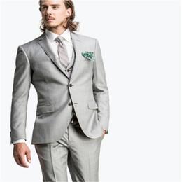 cd52f42aff6bd Custom made elegant light grey men Blazers Suit Men Fashion Slim Men Suits  For Wedding Formal For Prom(Jacket+Pants+vest+Tie)