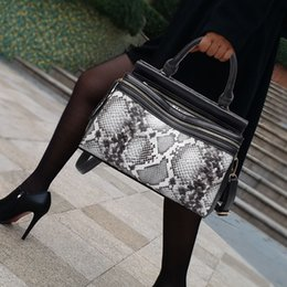 Tote Bags Compartments Canada - new totes bags women handbags vintage famous brands design serpentine hard fashion Interior compartment large shoulder bag