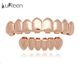 $enCountryForm.capitalKeyWord Australia - Fashion LuReen Gold Teeth Grillz Top & Bottom Grills Dental Hiphop Tooth Halloween Vampire Teeth Caps Cosply Body Jewelry