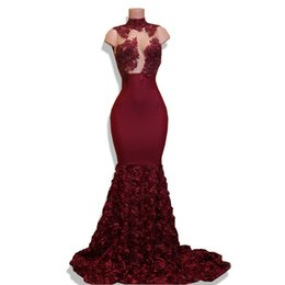 2020 Prom Dress Mermaid See Through Lace cristallo di alta Sheer Parte abiti per le donne collo Ruffle Abiti da sera usura