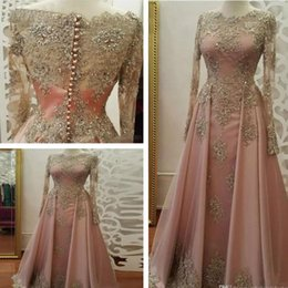 Gold Beaded Applique Canada - Arabic Vintage Long Sleeves Gold Lace A Line Evening Dresses Tulle Applique Beaded Floor Length Formal Prom Party Gowns BA7848
