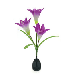 21467c085e1a60 Solar Flowers Wholesale UK - Purple LED Solar Power Lily Flower Garden  Stake Light Color Changing