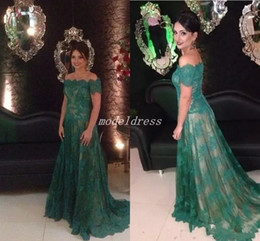 $enCountryForm.capitalKeyWord NZ - 2018 Dark Green Mother Of The Bride Dresses Off Shoulder Short Sleeve Sweep Train Lace Appliques Women Evening Prom Party Gowns Plus Size
