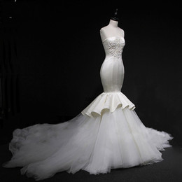 Chinese  Gorgeous Mermaid Wedding Dresses Strapless Appliques Ruffles Layered Tulle Beach Wedding Dress Long Back Lace Up Cheap Wedding Gowns manufacturers