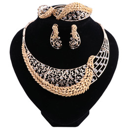 Halloween Indian Costumes For Women UK - Retro Nigerian Wedding African Beads Jewelry Sets Crystal Fashion Dubai Jewelry Sets For Women Costume Design