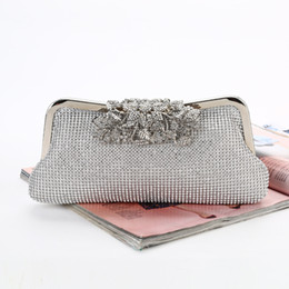 $enCountryForm.capitalKeyWord UK - New style hot ! diamond-encrusted dinner bag Pure manual workmanship high quality Rhinestone WEDDING DRESS bag Mosaic head Wrist bag