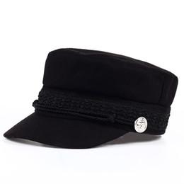 Berretto di moda cappello nero donna Casual streetwear corda berretto  piatto Elegante solido autunno inverno caldo cappello berretto femminile  2017 6db7f84e9a54