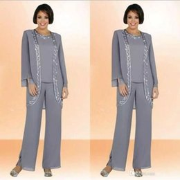 Custom Jacket Embroidery NZ - Custom Made Gray Chiffon Mother Of The Bride Pant Suits With Long Sleeve Jacket Cheap Embroidery Formal Suits Party Gowns