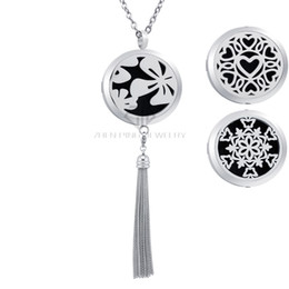 $enCountryForm.capitalKeyWord NZ - With Free Chains! Magnetic Flower Lockets (30mm) Aroma Pendant Stainless Steel Essential Oils Diffuser Locket Necklace