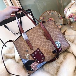 Genuine leather Original luxury famous brand designer Handbags 2018 new  women shopping waist diamond bags bag shoulder Purses wallet 10621 6d64f0bf1b08a