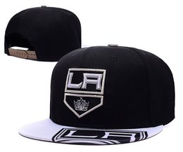 cb776c1caa01c Men s Los Angeles Kings Snapback Hat Logo Embroidery Sport Black Color NHL  Adjustable Ice Hockey Caps Flat Baseball Hats
