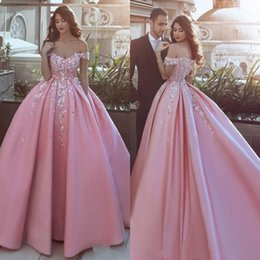 Wholesale Vestido Sweet Dresses Quinceanera Prom Dresses Off the Shoulder Ball Gown Pink Princess Sweetheart Lace Sparkling Gown