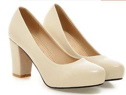 Christmas Tables Canada - Free send Hot 2017 spring new style shallow round head Coarse heel women's Single shoes waterproof table high heel shoes super size shoes